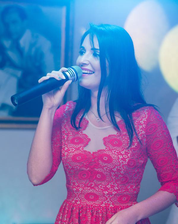 Acasă Formatie Muzica Nunta Focus Show Muzica Nunta Iasi